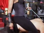 ebony-mistress-riding-slave (3)