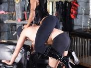 ebony-mistress-riding-slave (7)