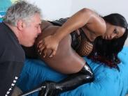 bust-ebony-dominatrix (10)