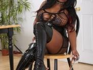 bust-ebony-dominatrix (2)