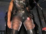 black-strapon-dominatrix (3)