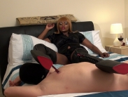 mistress-ava-black (3)